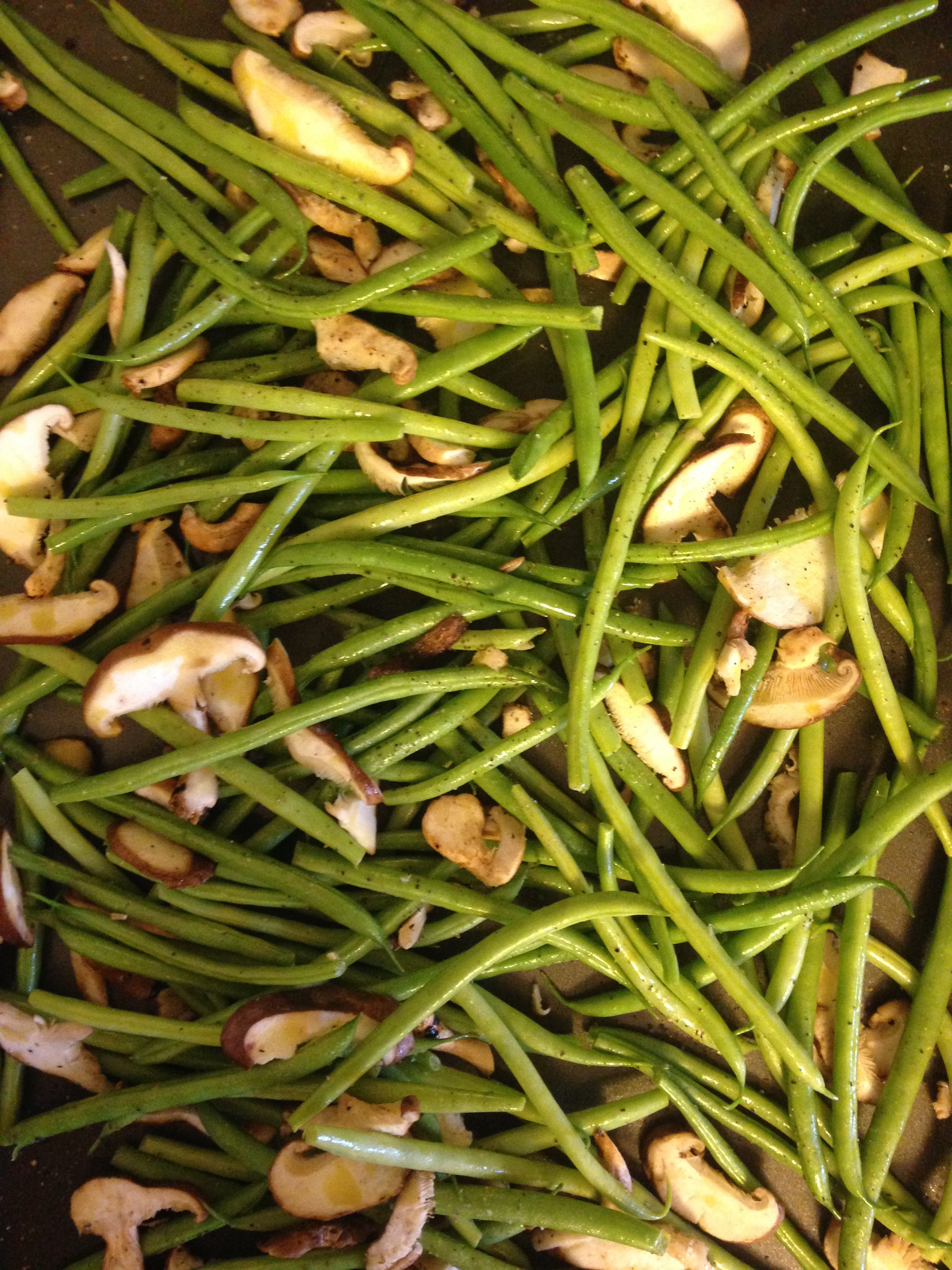 Green Bean And Shiitake Mushrooms Recipes — Dishmaps